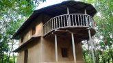 সখীপুরে গরিবের এসি মাটির ঘর