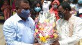 সখীপুরে টিকাকেন্দ্র পরিদর্শন করলেন টাঙ্গাইল জেলা প্রশাসক